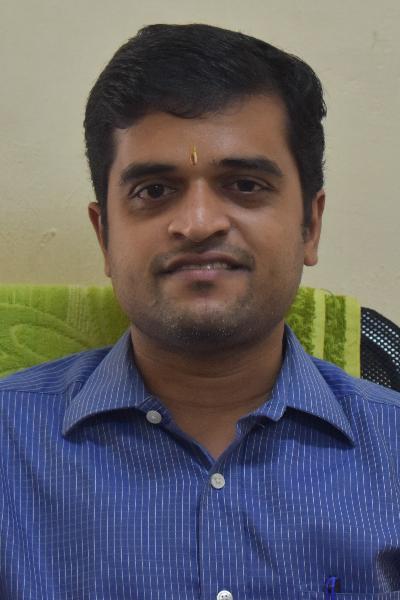 Shri Rakesh G Vadhyar