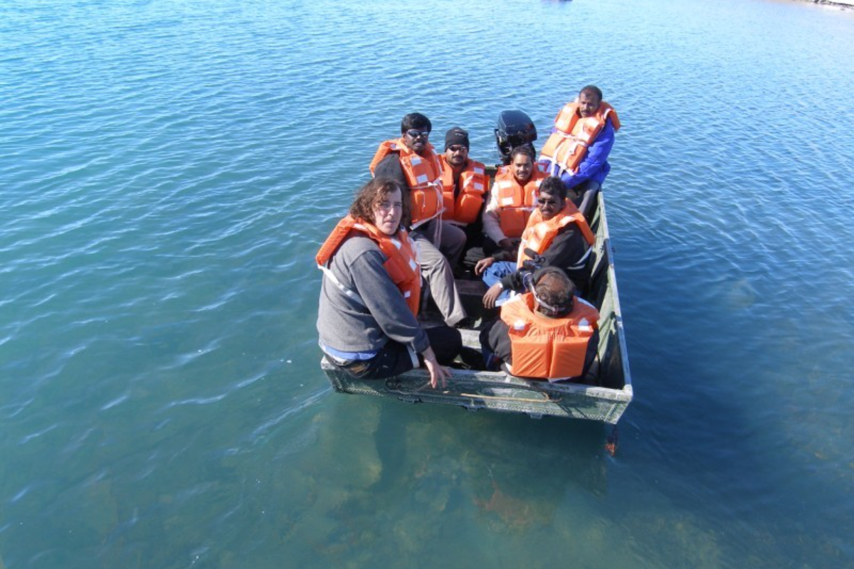 Fresh  water lake  sample collection using Boat